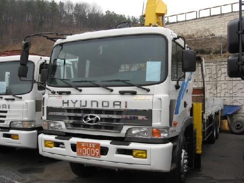 Hyundai truck bus автосалон