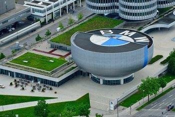 BMW получила миллионный ущерб из-за пьяных рабочих
