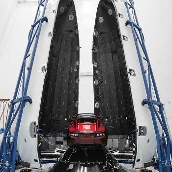 Илон Маск не шутит: Tesla отправится в космос