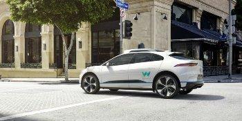 Jaguar разработал беспилотный кроссовер вместе с Google