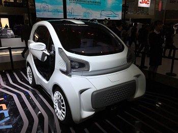 В Китае показали очередной напечатанный автомобиль
