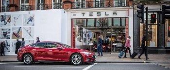 У Tesla появится голосовой ИИ-помощник
