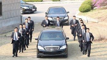 В Mercedes удивились, что Ким Чен Ын ездит на их автомобилях