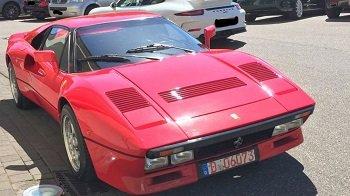 В Германии из автосалона неизвестный спокойно угнал редкий Ferrari