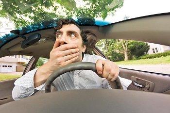 В Германии начали штрафовать водителей-зевак, фотографирующих ДТП