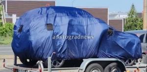 «АвтоВАЗ» испытывает новый кроссовер: появились первые снимки
